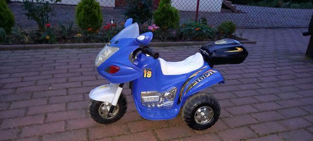 Motorek na akumulator 6V