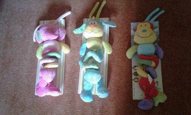 Музикальні іграшки на коляску.Нові...