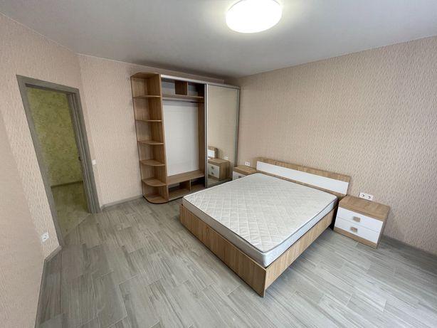 Продам 1 комнатную квартиру в Киеве ул Радистов 30. Хозяин.