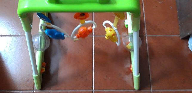 Brinquedo Ginásio Chicco para bébé