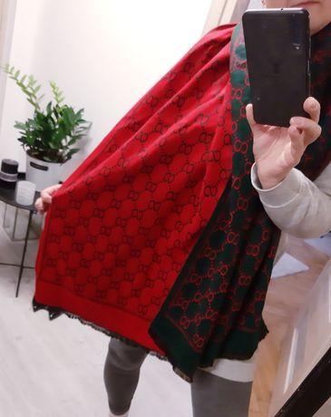 Piękny nowy szal, elegancki