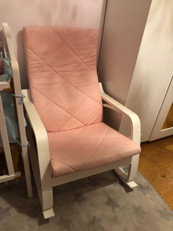 Cadeira de baloiço IKEA