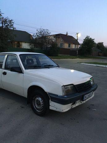 Opel Ascona C в хорошем состоянии