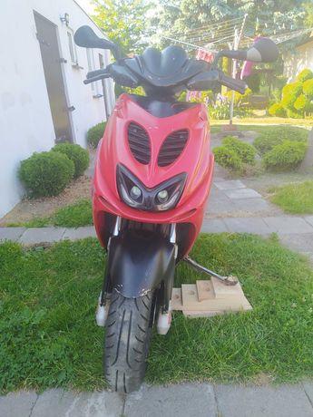 Skuter Yamaha Aerox YQ50