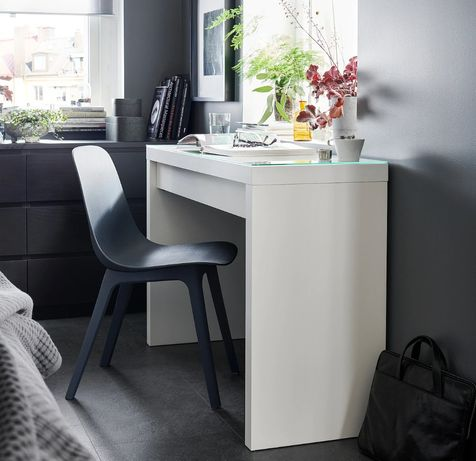 Toaletka, biurko Ikea