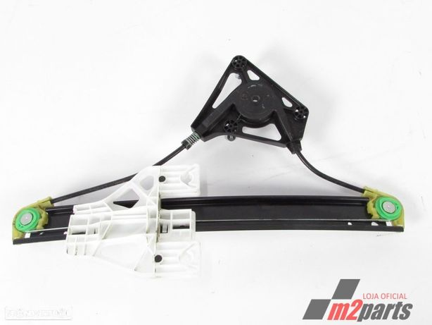 Elevador da Porta Cor Unica Esquerdo/Trás AUDI A1 Sportback (8XA, 8XF) Semi-Novo