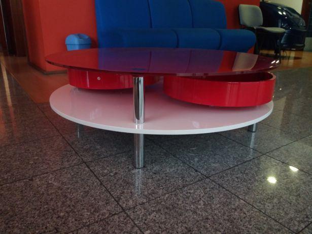 Mesa centro com tampo vidro