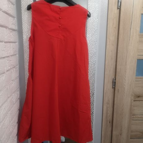 Trapezowa malinowa sukienka idealna na wesele r. 40 L reserved