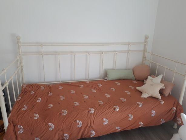 Ikea cama de ferro 90x200