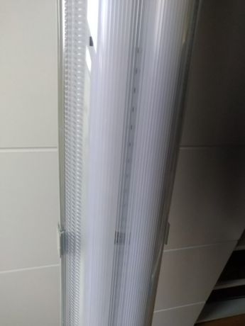 Lampa natynkowa, panel oświetlenie świetlówki