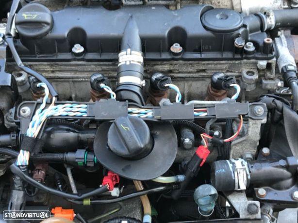 Motor Peugeot 307 - Citroen Xsara Picasso   2.0 HDI de 01 a 04.  Código RHY ....n-3