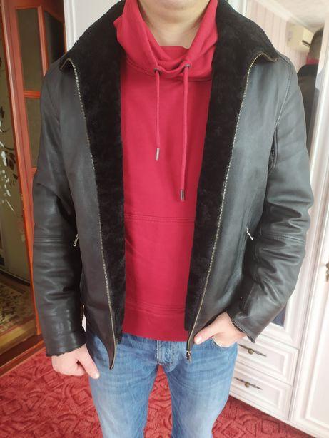 Продам мужскую кожаную куртку