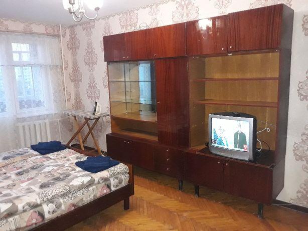 Продам 1 комнатную квартиру Героев Сталинграда 35