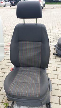 Foteli VW Polo 9n