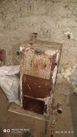 Старий газовий котел