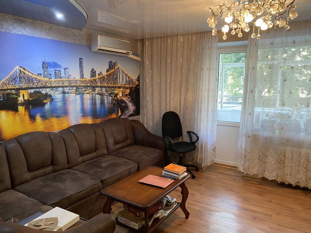 Продам 3 комнатную квартиру пл.700-летия, чешский проэкт, с ремонтом