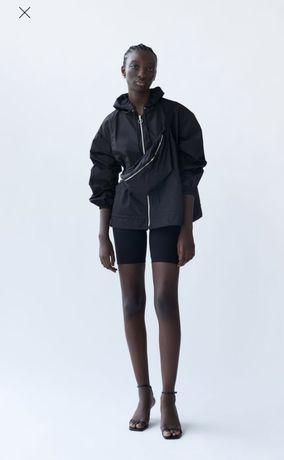 Новая куртка Zara с поясной сумкой