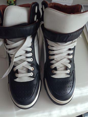Sapatilhas Givenchy - 37 novas