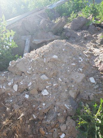 Строительный мусор (земля и глина)