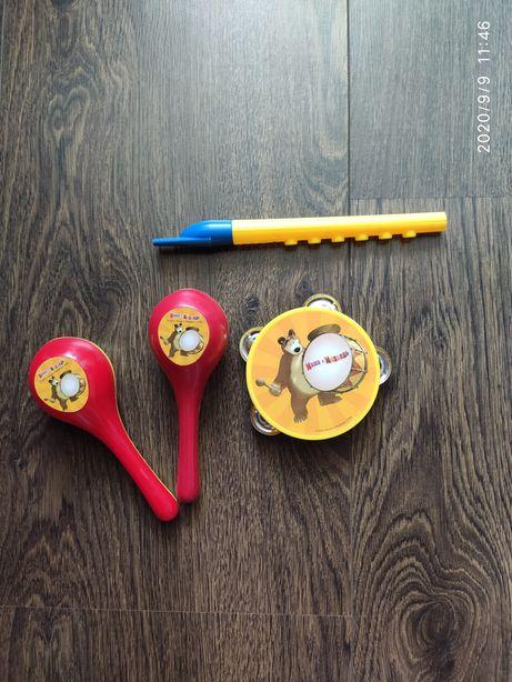 Детские музыкальные инструменты - бубен, маракасы, дудка