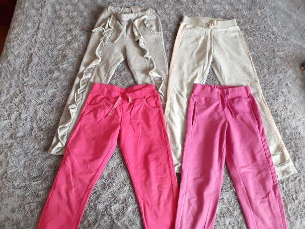 Spodnie r 122/128