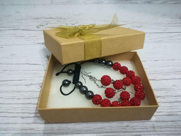 Komplet biżuterii srebrno - czerwone kulki