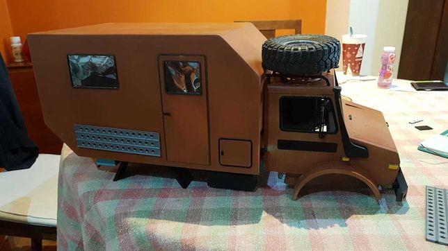 Body RC scaler, 1:10 , 313mm Unimog, Caravana