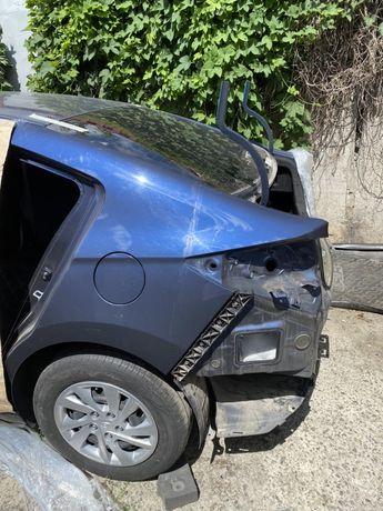 Задняя левая четверть кузова Hyundai Elantra 2018