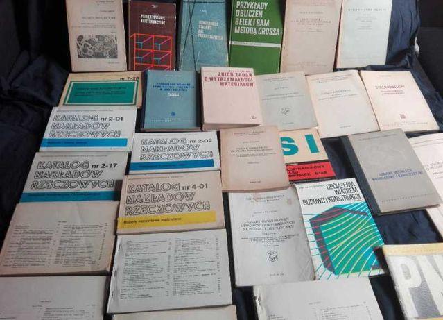 Starocie po porządkach książki budowlane PRL