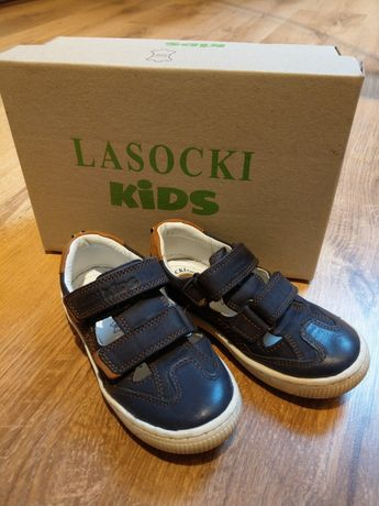 Sandały chłopięce eleganckie skóra idealny stan rozmiar 25 Lasocki CCC