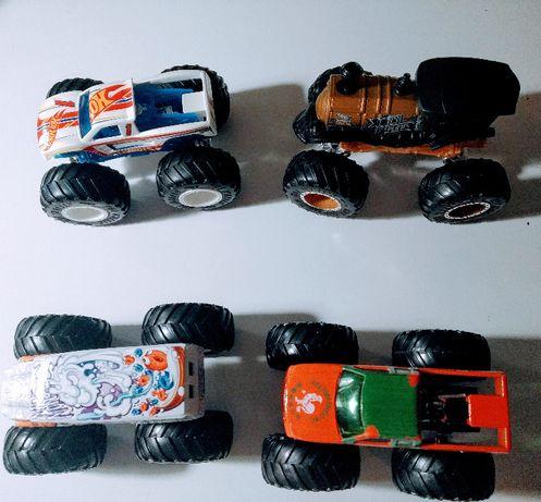 zestaw 4 szt. samochodów HOT WHEELS - Monster Trucks