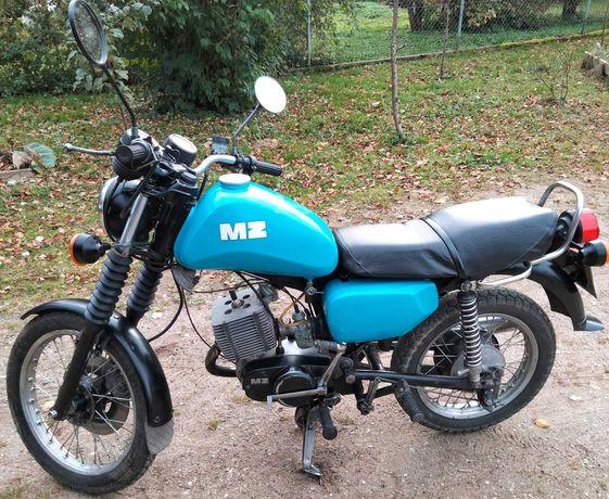 Motocykl MZ ETZ 150