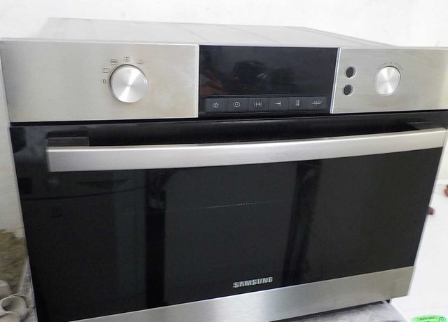 Piekarnik kompaktowy z mikrofalówką Samsung, używany