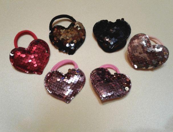 Набор 6 резинок сердце с двухсторонними пайетками