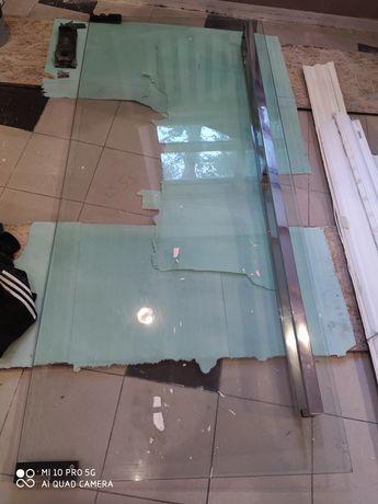Продам стеклянную дверь размер 210 на 90