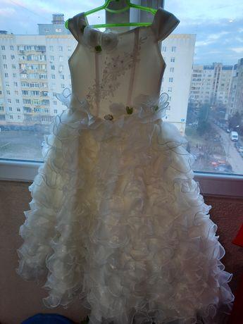 Дитяче плаття для дівчинки