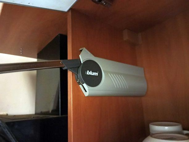 Кухонные шкафы (оптом или в розницу) напольные, настенные БУ