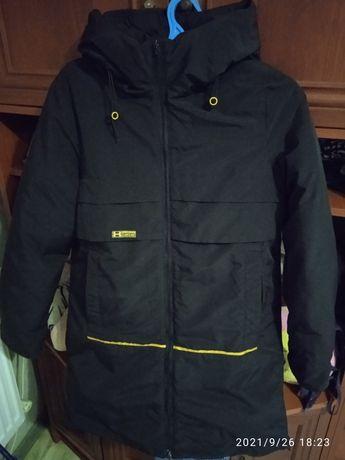 Зимняя куртка чёрная