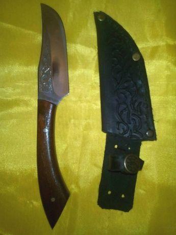 Нож малыш с кожаным чехлом