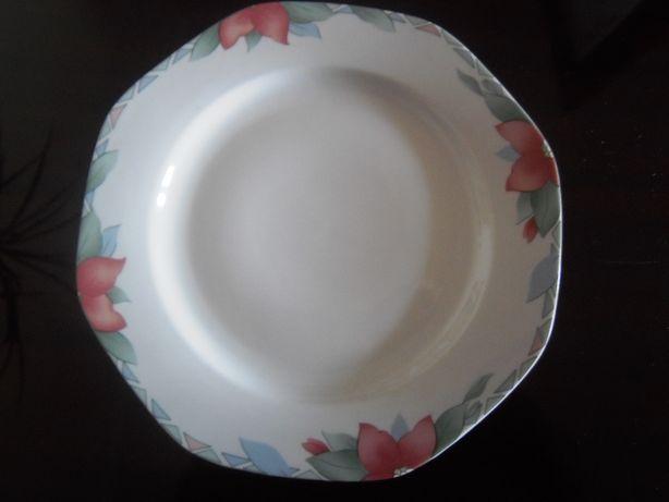 Тарелки фарфоровые, Румыния