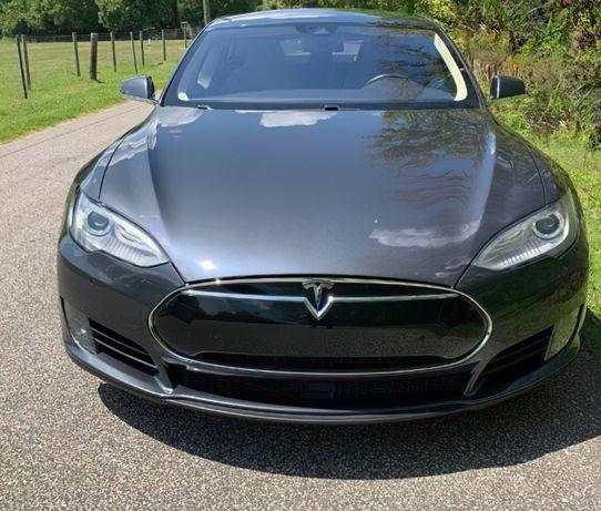 продається Tesla Model S 75D 2015