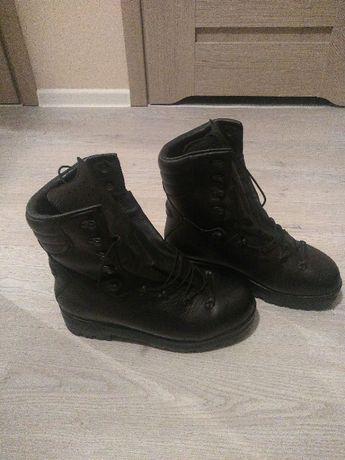 Zimowe skórzane buty wojskowe 933/MON rozmiar 28