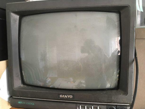 Telewizor Sanyo 17 cali