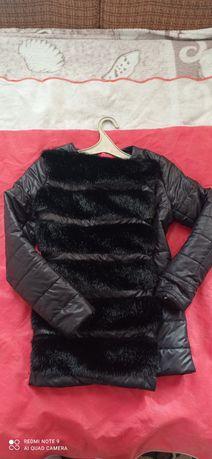 Курточка с мехом.