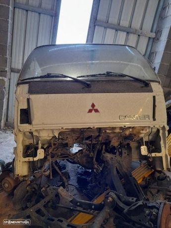 Cabine estreita Mitsubishi Canter 97 a 2006 FE35