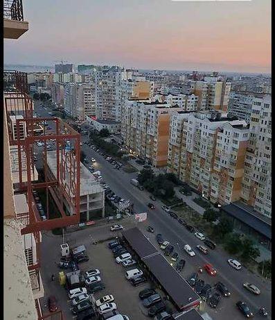 Продаю 1к квартиру 40 кв. м, Сахарова в Кадорр. 32900 у.е OF