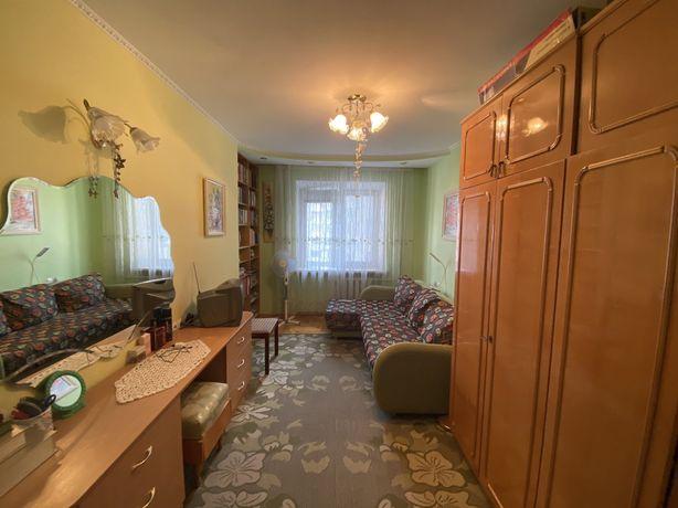 Продається тепла та затишна квартира по вул. Суботівській