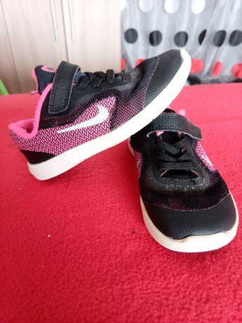 Ténis Nike Tam 26