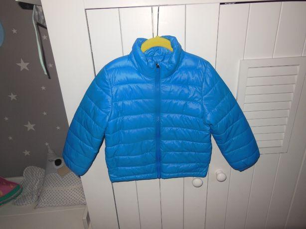 H&M super lekka kurteczka dla chłopca jesień 104 cm