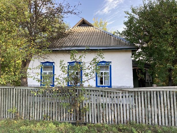 Будинок з земельною ділянкою в с.Лозовий Яр, Яготинський р-н